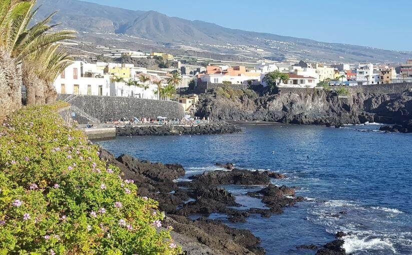 La playa Alcalá se encuentra en el municipio de Guía de Isora, perteneciente a la provincia de Tenerife y a la comunidad autónoma de Canarias