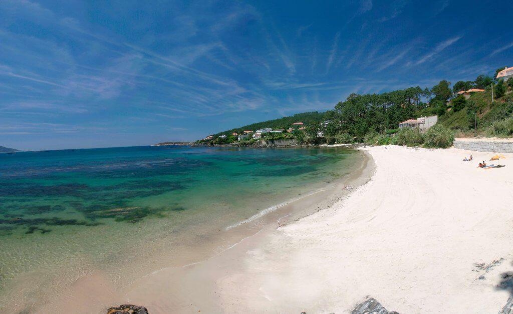 La playa Area Fofa se encuentra en el municipio de Nigrán, perteneciente a la provincia de Pontevedra y a la comunidad autónoma de Galicia