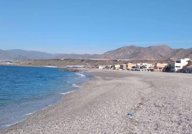 La playa Balanegra se encuentra en el municipio de Berja, perteneciente a la provincia de Almería y a la comunidad autónoma de Andalucía