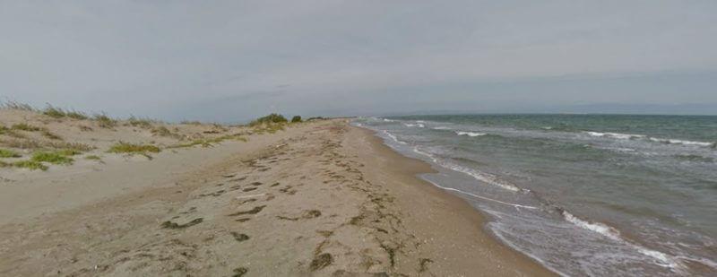 La playa Balsa de la Arena / Bassa de l'Arena / Nen Perdut se encuentra en el municipio de Deltebre, perteneciente a la provincia de Tarragona y a la comunidad autónoma de Cataluña