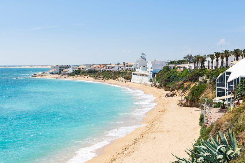 La playa Caños de Meca / Los Caños de Meca se encuentra en el municipio de Barbate, perteneciente a la provincia de Cádiz y a la comunidad autónoma de Andalucía