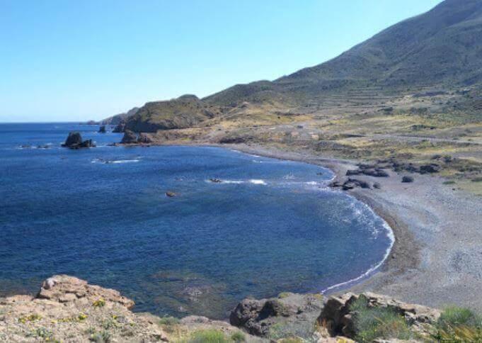 La playa El Embarcadero / El Esparto se encuentra en el municipio de Níjar, perteneciente a la provincia de Almería y a la comunidad autónoma de Andalucía