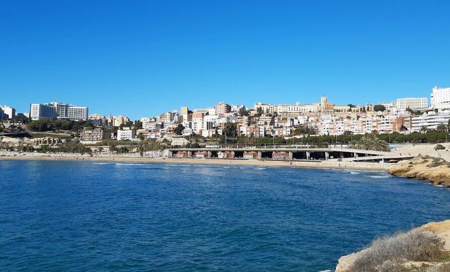La playa El Milagro / El Miracle / Comandancia se encuentra en el municipio de Tarragona, perteneciente a la provincia de Tarragona y a la comunidad autónoma de Cataluña