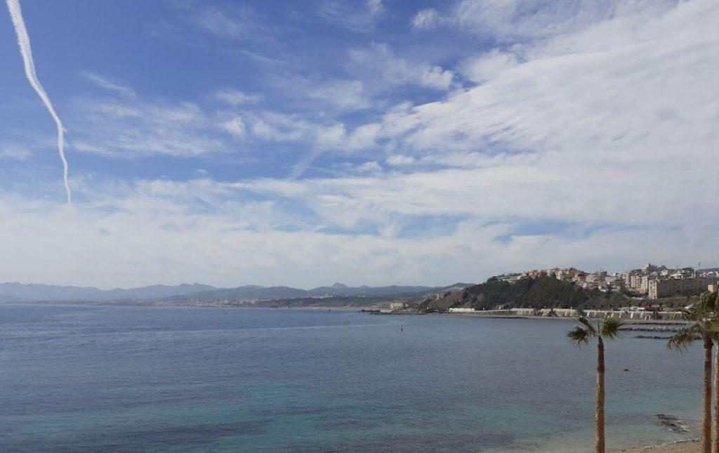 La playa La Ribera se encuentra en el municipio de Ceuta, perteneciente a la provincia de Ceuta y a la comunidad autónoma de Ceuta