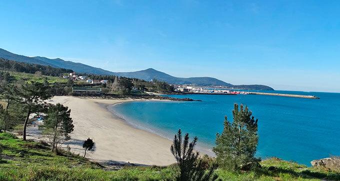 La playa Ornanda / Gaviotas / A Ornanda se encuentra en el municipio de Porto do Son, perteneciente a la provincia de A Coruña y a la comunidad autónoma de Galicia