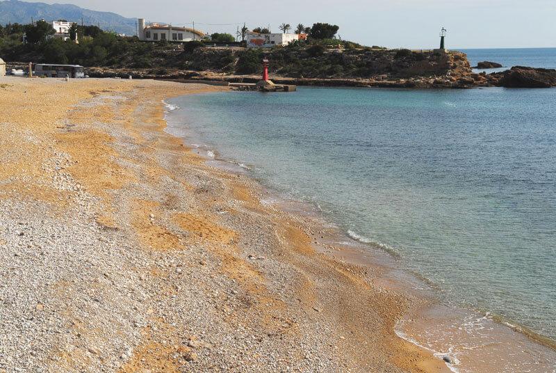 La playa Puerto de L'Estany Gras se encuentra en el municipio de L'Ametlla de Mar, perteneciente a la provincia de Tarragona y a la comunidad autónoma de Cataluña
